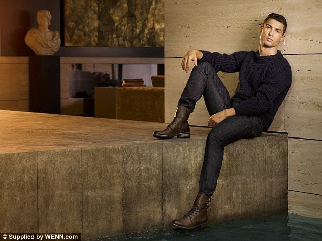 کریستیانو رونالدویکی از خوشتیب ترین فوتبالیست های دنیا!