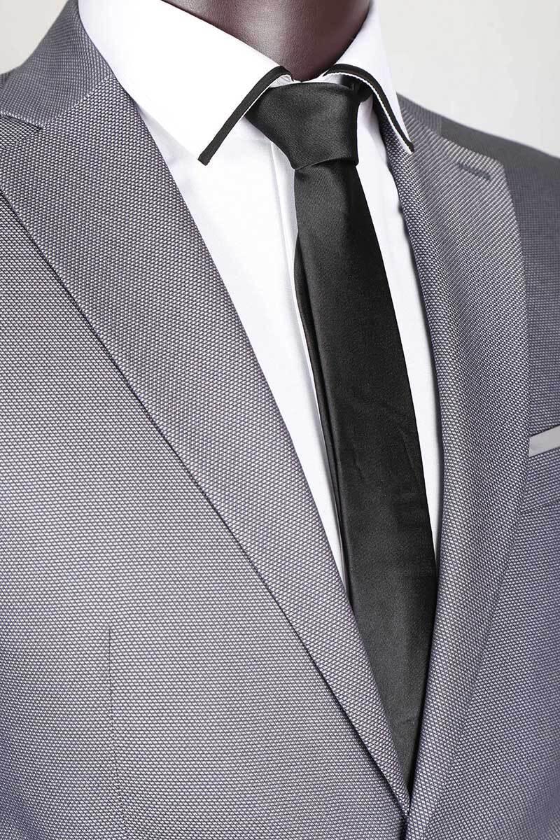 کت شلوار سوزنی اسلیمفیت لومنز تولید شده توسط سایت لومنز با مرغوب ترین پارچه
